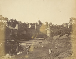 Fort walls of Gohad from the Vaisali River.